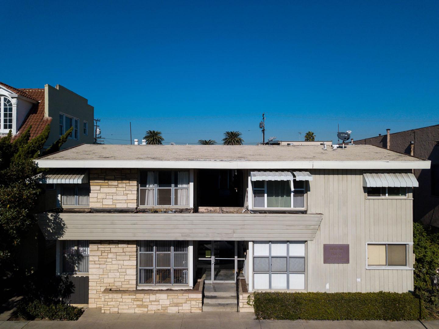 1047 E 1st Street 9, Long Beach, CA 90802