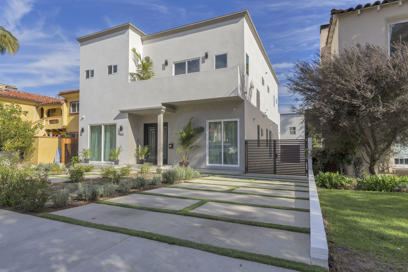 1530 REXFORD Drive ,Los Angeles (City), CA 90035